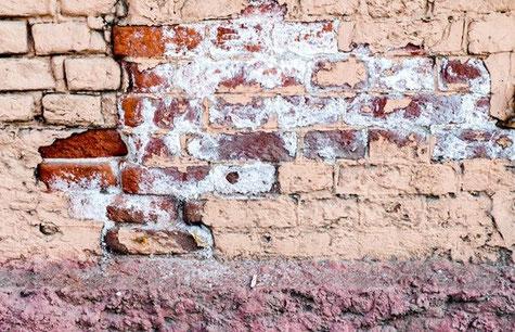 Mauerwerkstrocknung und Mauertrockenlegung
