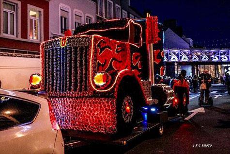 char , carnaval , parade , optimus prime , parade de noel