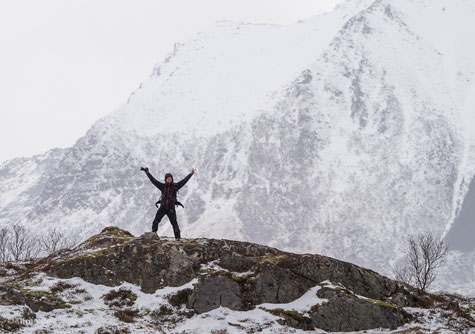 Andreas in Action auf den Lofoten     (Vielen Dank an Sven Legler für das Foto)