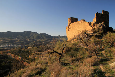 Castillo de la Lojuela in Murchas
