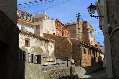 A street in Lugros
