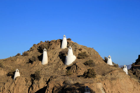 The chimneys of the cave houses (Benalúa)