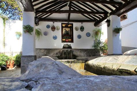 The historic washing sinks in Melegís