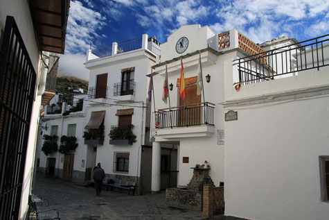 The town hall of Carataunas