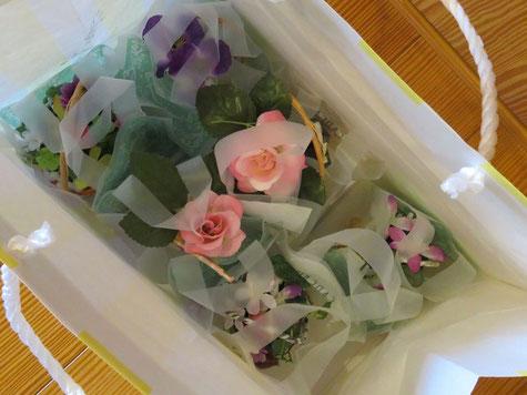 手造りの花籠