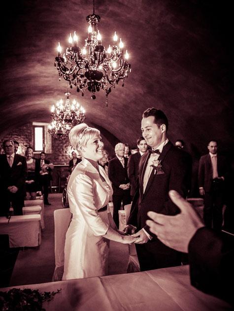 Heiraten mit freie Trauung im Schloss Eberstein in Gernsbach im Kreis Rastatt. Freier Redner und Theologe Rastatt. Trauredner Baden Baden freie Trauung Baden-Baden