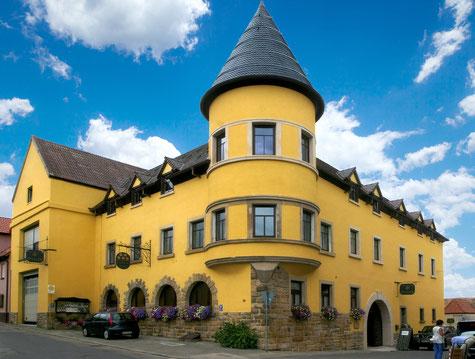 Bild: Hausansicht Weingut Werner Pfleger in Herxheim