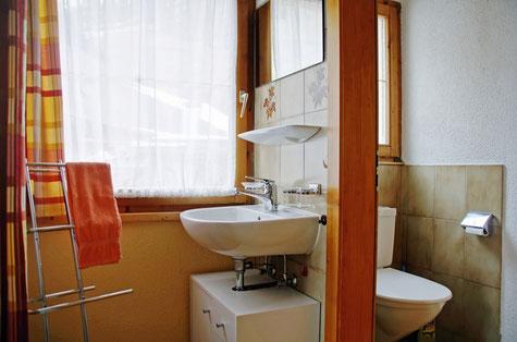WC und Dusche sind getrennt