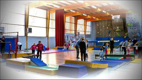 Cours de BabyGym au gymnase Marcel Payen.