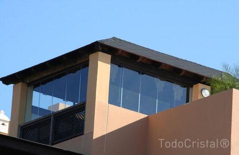 Giardino Dinverno Terrazza : Vetrate su misura per terrazze attici verande balconi vi .be. vetri
