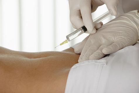 Prolotherapie, Proliferationstherapie, Wirbelsäulenleiden, Bandscheibenvorfällen, Arthrosen der Wirbelkörpergelenke, des Kreuzdarmbeingelenkes  - bei Schmerzen durch Haltungsschäden, Skoliose  - bei Schmerzen, die durch wiederkehrende Wirbelblockierungen