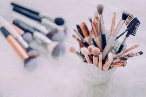 Make-up Pinsel für Abend-Make-up und Make-up-Beratung