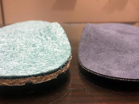 厚みのある左インソールはスニーカー向き、薄い右インソールはパンプスにも入れられます