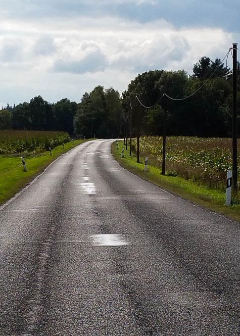 Nach Bezwingung der Steigung nach Geisfeld führt der Weg weiter nach Hermeskeil