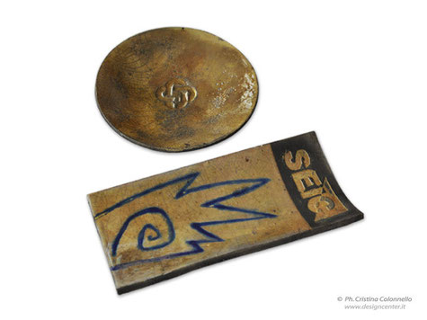 Piattino in raku - Tegola in ceramica raku con smalti