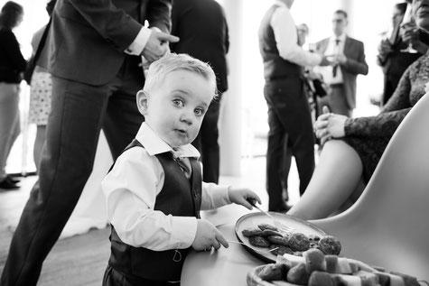 Bruidsfotografie in Limburg.  Kinderen op je bruiloft. JePP fotografie
