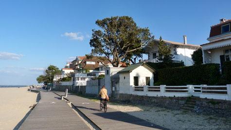 Le front de mer, plage d'Eyrac