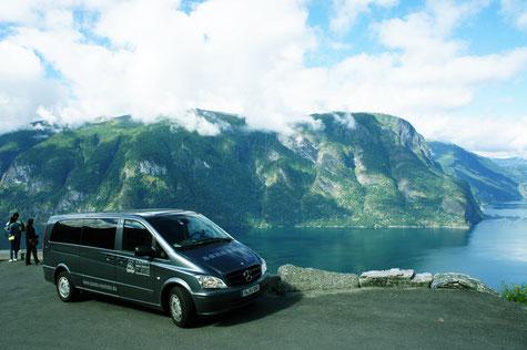 Mercedes Benz Vito - H-XV888 - Sitze: 8+1
