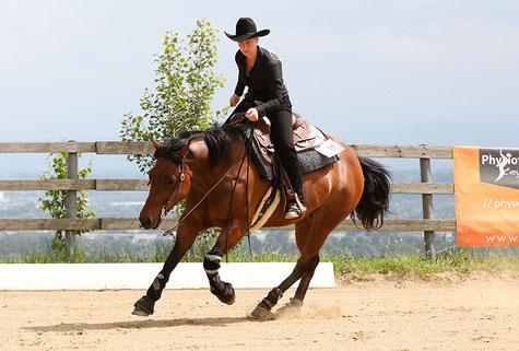 Non Pro Champion Sabine Koglgruber und Smart Decision Orima. Foto: Indrich