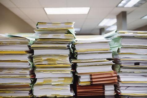 Startup gründen als Teenager ist viel Bürokratie