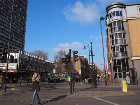 珍しい、ロンドンの青空