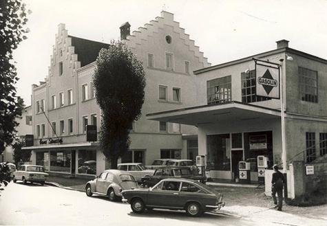 Autohaus Strasser Rosenheim im Jahr 1968