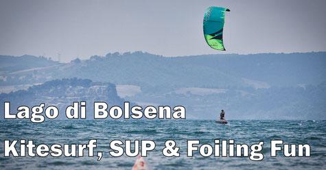 Kitefoiler am Lago di Bolsena