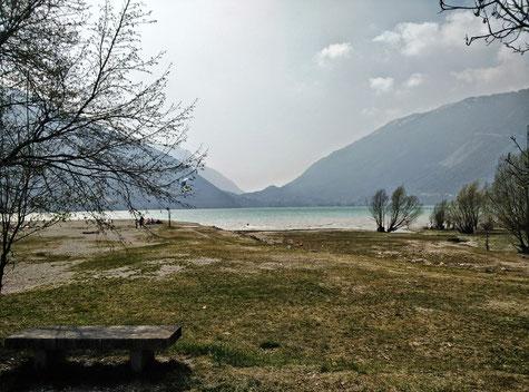 Lago di Santa Croce im Veneto in Italien