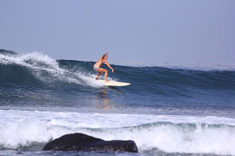 Surfgasm - surferin - salt in my hair - lifetravellerz - wellenreiten