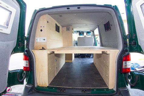 vw t5 bus ausbau anleitung zum campingmobil. Black Bedroom Furniture Sets. Home Design Ideas