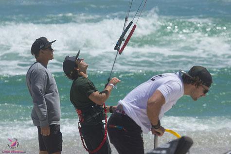 Kevin Langeree und Jesse Richman am Strand