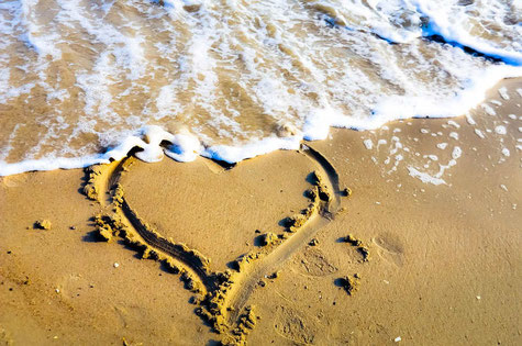 Geschenktipp Valentinstag-Surfer-Surfergirl-Surferinnen-Lifetravellerz