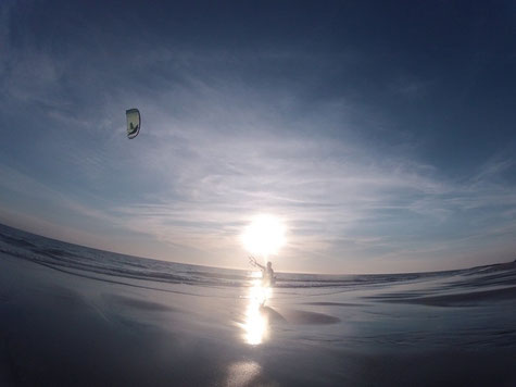 Surfgasm - Kitesurfen - Best Kiteboarding - Sundowner - Lifetravellerz - kiten