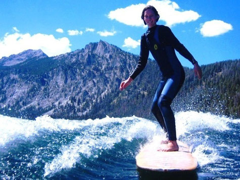 surfgasm - happybackpacker - lifetravellerz - surfen - meer - wellenreiten