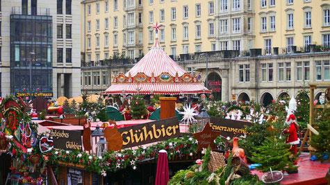 Weinhachtsmarkt-Christkindlmarkt-Adventsmarkt-Lifetravellerz-Reiseblog