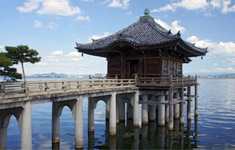 堅田 満月寺「浮見堂」