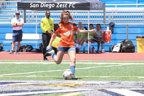 6月30日: LA Galaxy San Diego戦 - #3 Kelsey Irwin