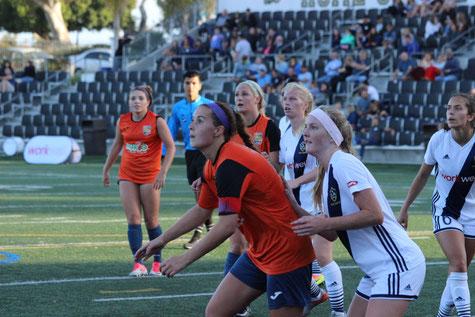 6月8日: LA Galaxy San Diego戦 - #13 キャプテン Gianna Montini