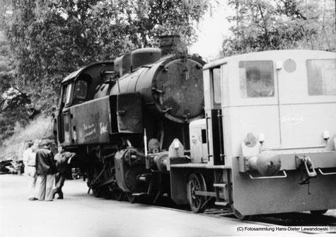 """Lok 37, hier mit der deutlich am rechten Wasserkasten erkennbaren """"Delle""""."""
