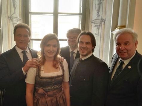 vlnr: Arnold Schwarzenegger, Monika Romirer, Eduard Lanner, Roman Pichler, Landeshauptmann Hermann Schützenhofer