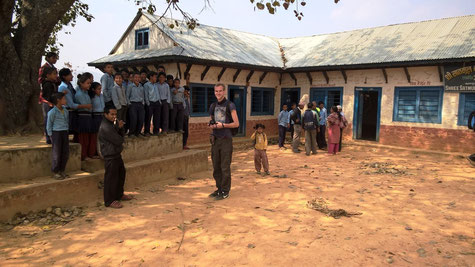 Schule, Trinkwasser, Erdtanks, Spenden, Wiederaufbau