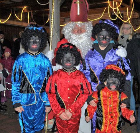 Sinterklaas Gerard und seine zwarten Pieten