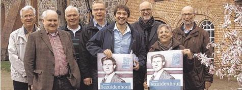 Der Festivalbeirat mit Dr. Karsten Nühs, Wolfgang Sommer, Friedrich Tödt, Lutz Rathje, Arne Bartels, Johann Hansen sowie Viktoria und Christian Dutzmann.