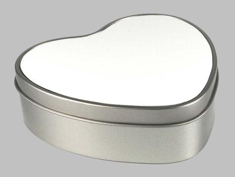 Geschenkdose in Herzform aus Metall mit bedruckbarem Deckel