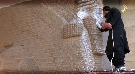 Estado Islámico, Nínive, esculturas, toros alados, terrorista, quieren borrar una civilización