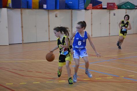Victoire des U13F contre St Romain le Puy