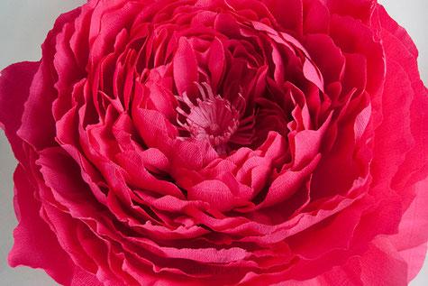 peonía-gigante-crepé-papel-roja