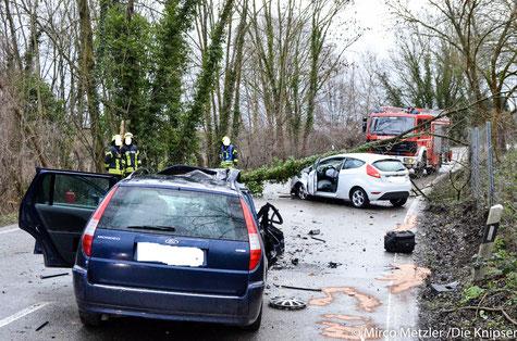 Die zwei Unfallfahrzeuge.