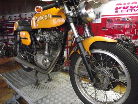 Ducati Desmo Restauration