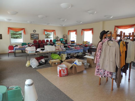 Die Sammelstelle der Gemeinde Wust. Ausgabezeiten gibt es täglich und jeder der etwas benötigt ist gern gesehen